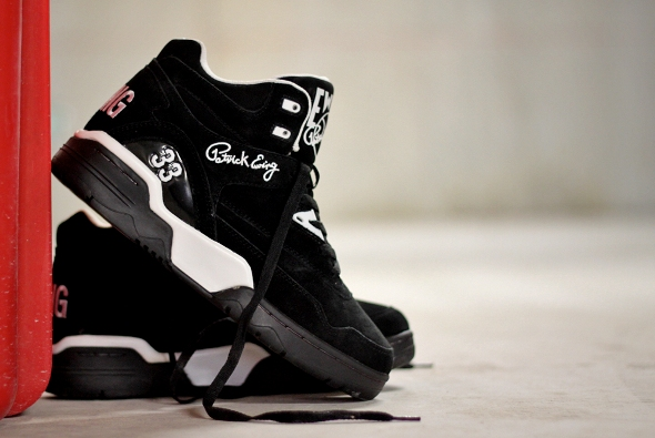 ewing-guard-black-5